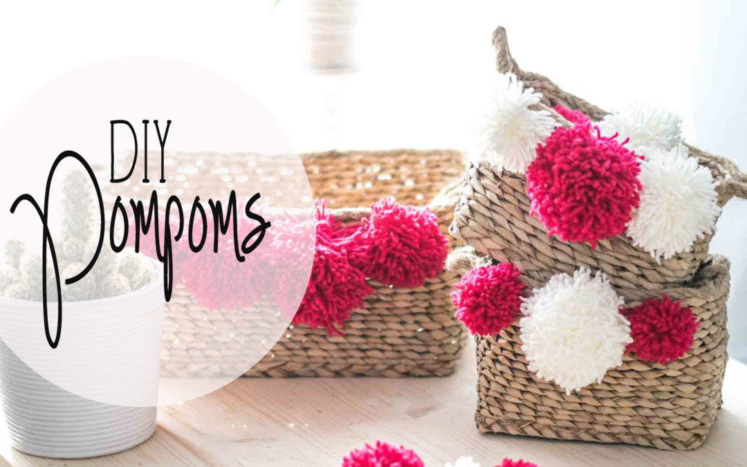 Viva Mexico: DIY Pompoms